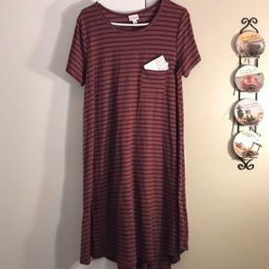 Lularoe Carly size large burgundy stripe NWT